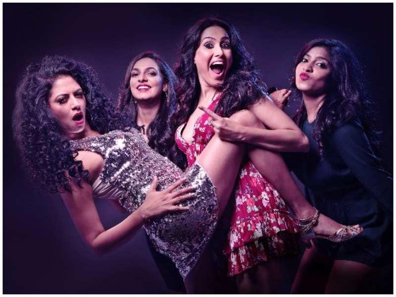 TV actresses Kavita Kaushik and Kamya Punjabi debut with a play on women's empowerment