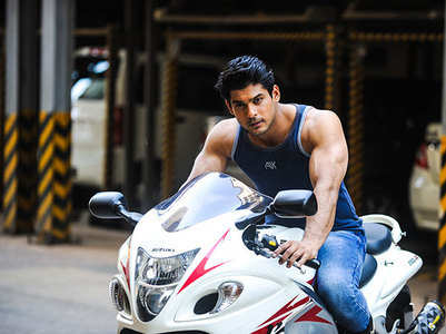 Sidharth Shukla takes a trip down memory lane