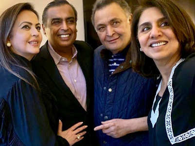 Mukesh-Nita Ambani visit Rishi-Neetu Kapoor