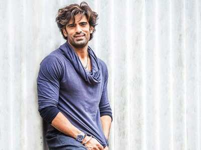 Mohit: Double role a creative call