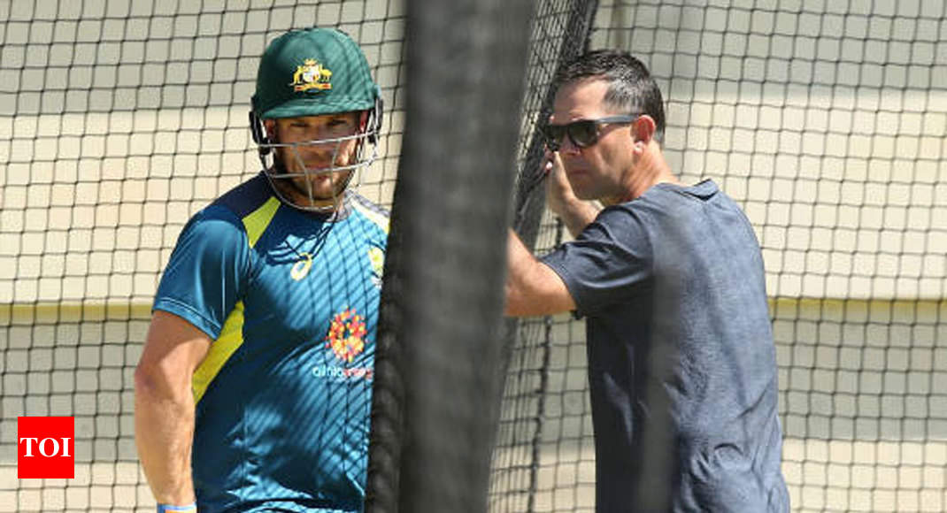 In Ricky Ponting's presence, Australian players are like eight-year-olds around Justin Bieber: Aaron Finch - Times of India