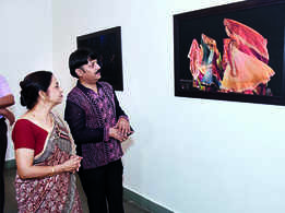 A captivating photography exhibition on dance held in Lucknow