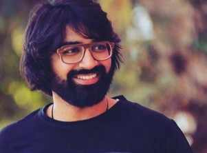Malhar Thakar shares a picture from the sets of his next untitled film