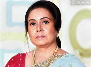 Neelu broke down on the sets of her show