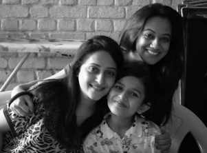 'Welcome Home': Spruha Joshi's latest BTS picture from the sets will make you eager for the trailer