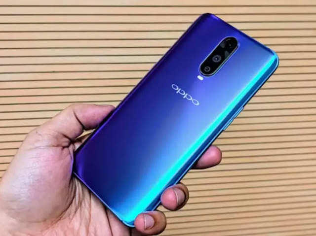 Oppo A7 and R17 Pro get price cut in India