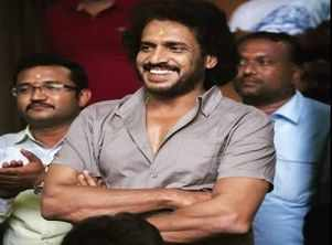 Fans want Upendra to don the director's hat