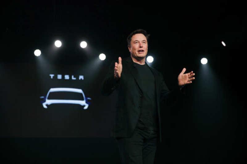 elon musk: Elon Musk gets a meme-maker to boost Tesla's