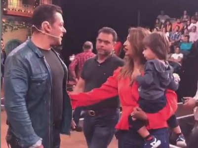 TKSS: Krushna's kids meet Salman Khan