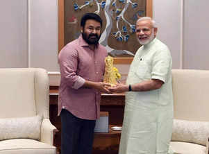 Narendra Modi thanks Mohanlal for his wishes