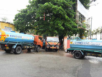 As summer sizzles, demand for water tankers goes up by 60