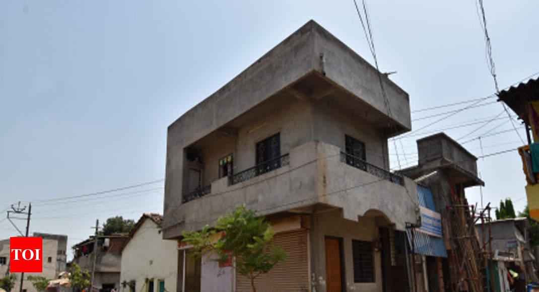 Matka king' razed public toilet to build structure: Cops   Kolhapur