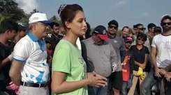 Dia Mirza and Afroz Shah with Miss India contestants for beach clean-up at Madh
