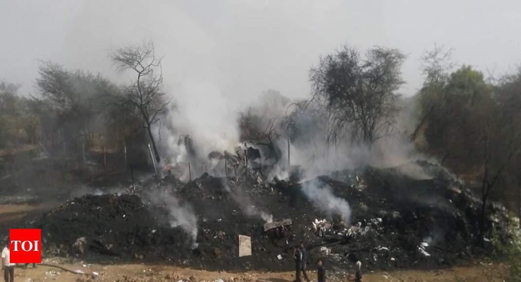 Fire engulfs open scrap godown in Vadodara