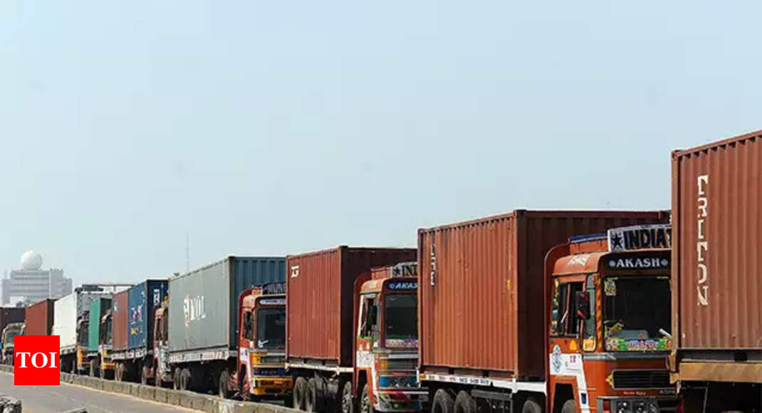 Comm Min proposes to create separate dept for logistics