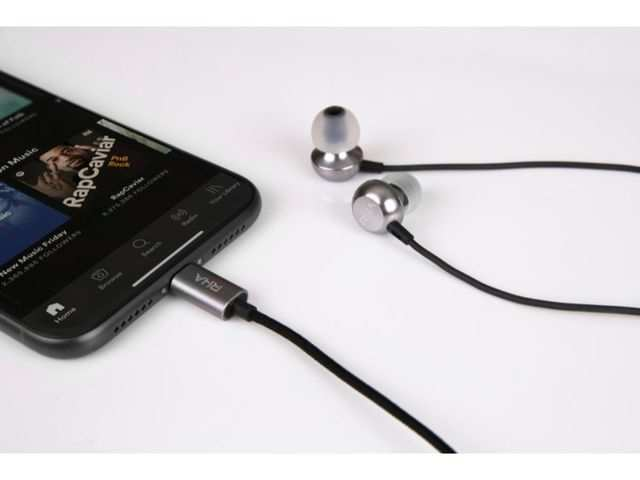 RHA launches a new earphone for Apple iPhone users