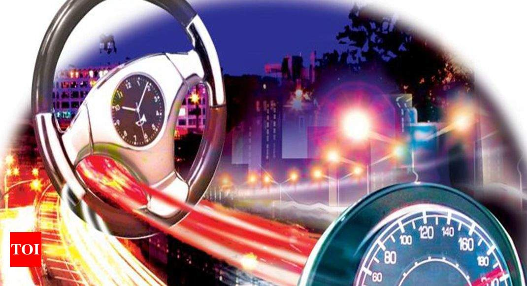 Noida Expressway Accident: Retired Acp Of Delhi Police Dies, Wife Hurt In Expressway Crash | Noida News