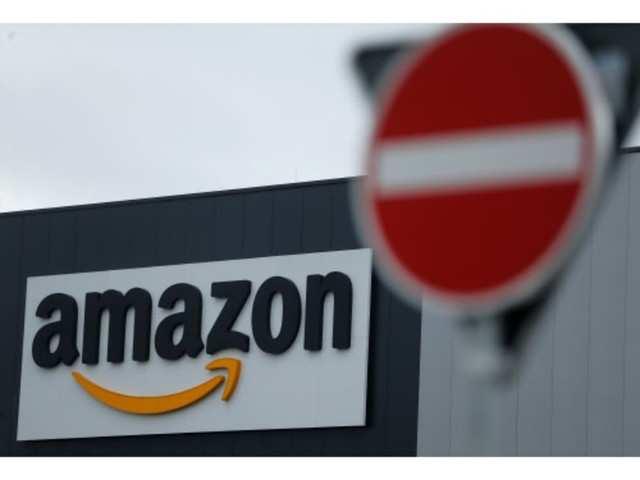 Amazon embraces US government business, despite occasional controversy