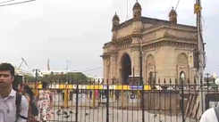 Mumbaikars enjoy pre-monsoon showers at Gateway of India