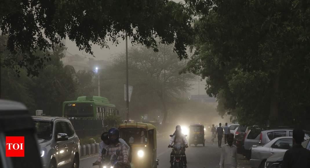 Flight Operations Affected As Parts Of Delhi-ncr Witness Dust Storm   Delhi News