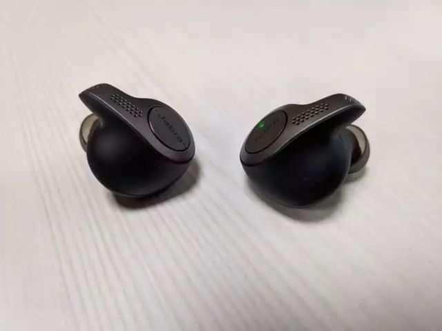 True wireless hearables market reaches 17.5 million in Q1 2019: Report