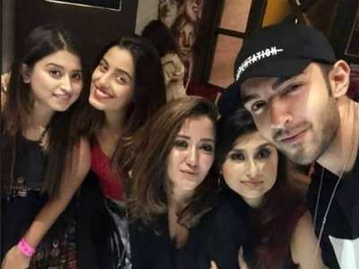 Rohit shares a pic with gf Srishty Rode