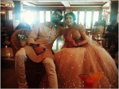 Charu Asopa-Rajeev Sen twin at their mehendi
