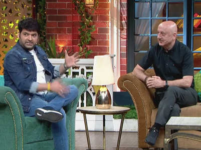 Anupam teases Kapil about fatherhood