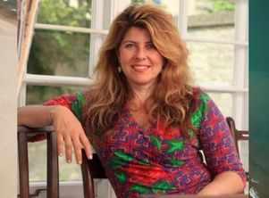 US Publisher postpones Naomi Wolf's book