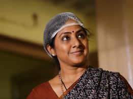 Rohini plays a speech and hearing impaired character in Market Raja MBBS