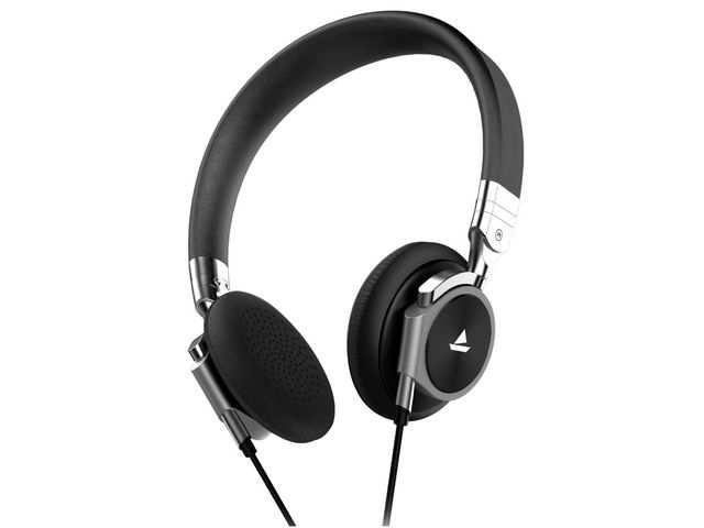 Boat launches Bassheads 950 dual tone Bluetooth headphone at Rs 1,299
