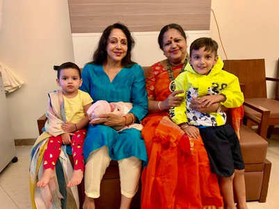 Unseen photo of Hema Malini with baby Miraya