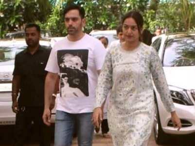 Celebs at Pahlaj's daughter-in-law's prayer meet