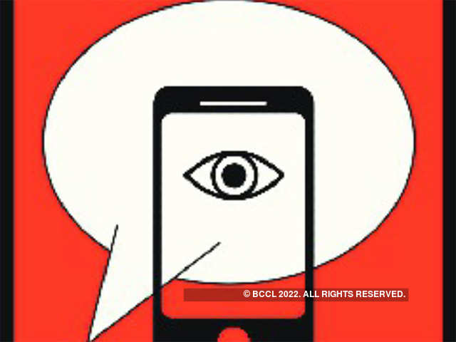 Why WhatsApp has not been able to 'kill' SMS in India