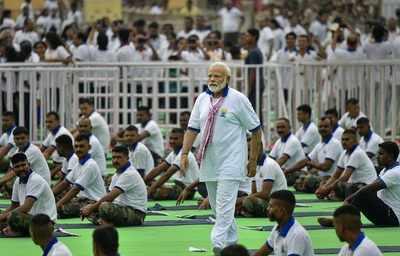 PM Modi congratulates those conferred with award for