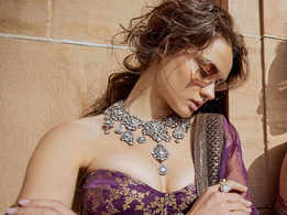 Sabyasachi just introduced us to new blouse design