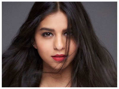 Pics: Suhana Khan parties it up with friends