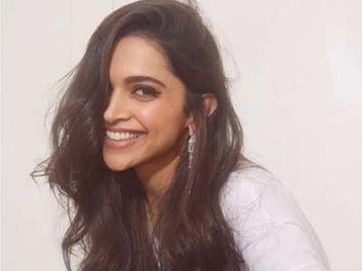 Ranveer's comment in 'Sindhi' on Deepika's pic is unmissable