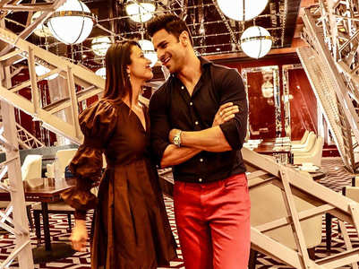 IN PICS: Divyanka, Vivek look lost in love