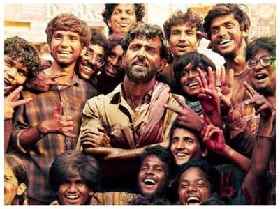 Super 30: Hrithik introduces the 'real heroes'