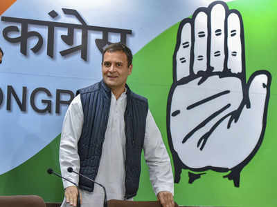 Several Congress office-bearers resign, want Rahul Gandhi to