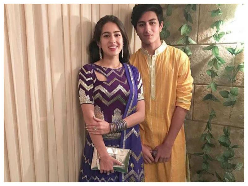 Photo Sara And Ibrahim Ali Khan Look All Stylish On Their Night