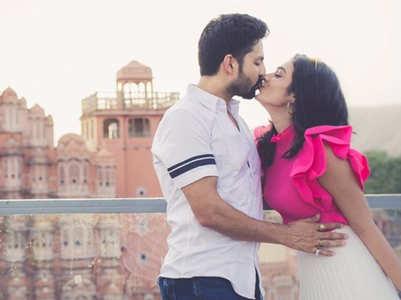 Aakanksha-Kunal share a passionate kiss