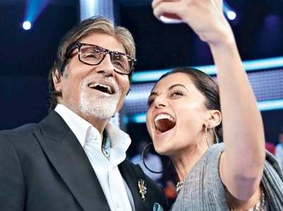 Amitabh shares a SMS by his co-star Taapsee