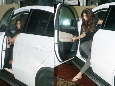 Photo: Suhana Khan nails the casual look