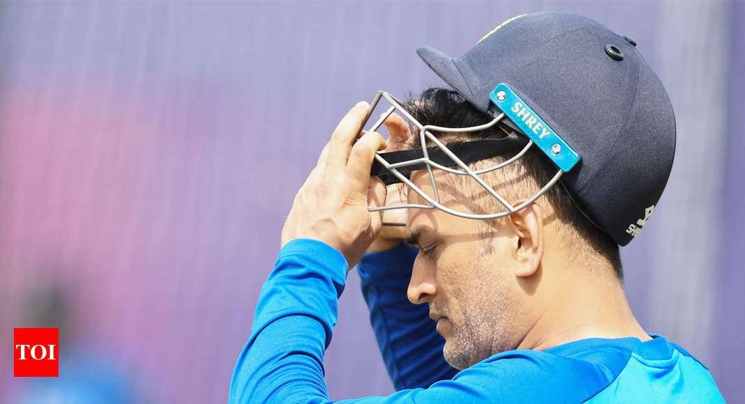 I'll still trust MS Dhoni with what he is doing, says Steve Waugh