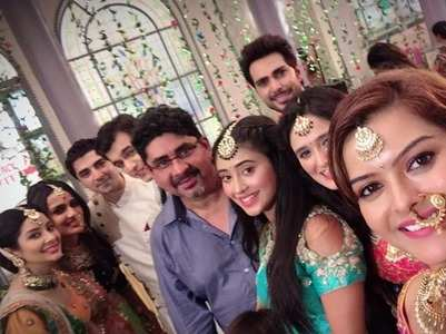 Shilpa celebrates bday with YRKKH cast