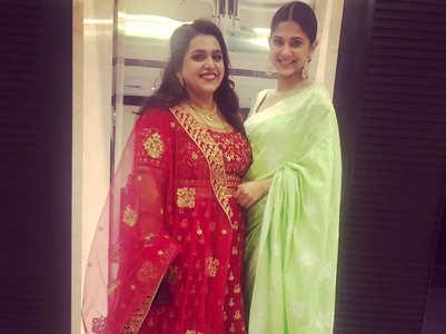 Beyhadh fame Jennifer looks elegant in a sari