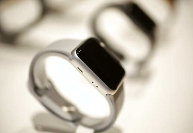 Man gives credit to Apple Watch for saving him from drowning