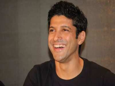 Farhan misses Bagwati on 8 years of 'ZNMD'